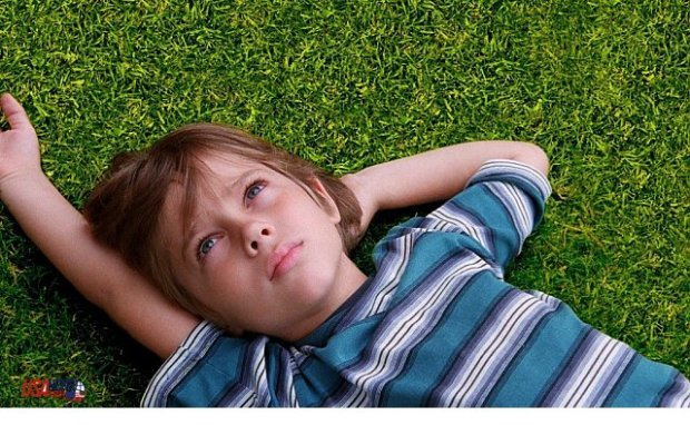 Boyhood Official Trailer